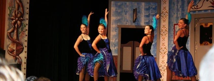 dancing girls in yukon