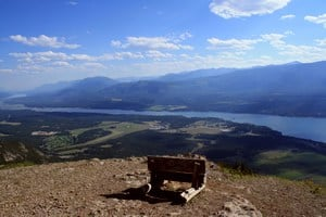 Sightseeing the Columbia Valley