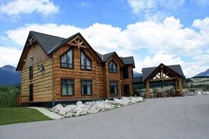 Kicking Horse River Lodge