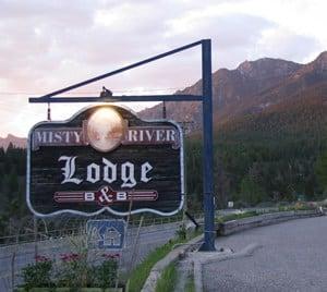 Misty River Lodge Sign