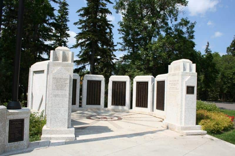 wascana park remembrance day memorial