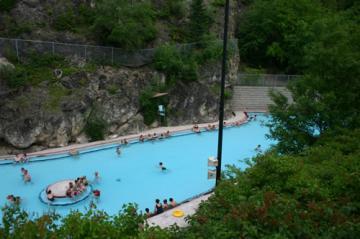 radium-hot-springs-pools