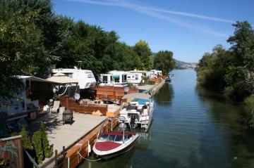wood-lake-kamalka-lake-canal-rv