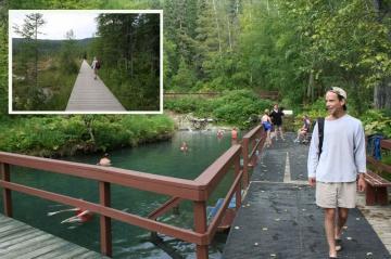 liard-hot-springs-800