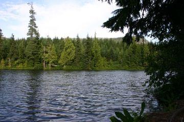 Showh Lake