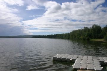 swan-lake-dawson-lake02