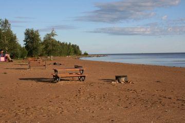 slave_lake_hay_river_park_beach2