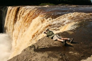 Alexandra Falls in Twin Falls Gorge Territorial Park