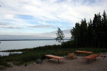 kakisa_day_use_park_nwt_picnic