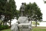 irvin-statue20100903_02