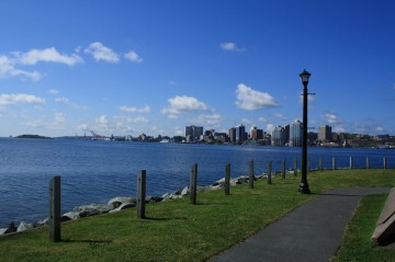 downtown-waterfront-pathway20110731_97