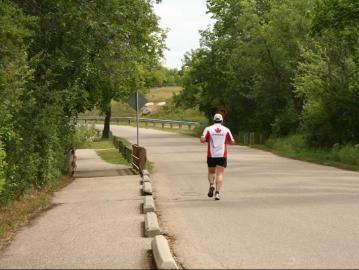 devonian-trail-runner20090803_77