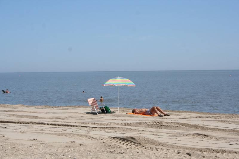 beach-people20090814_23