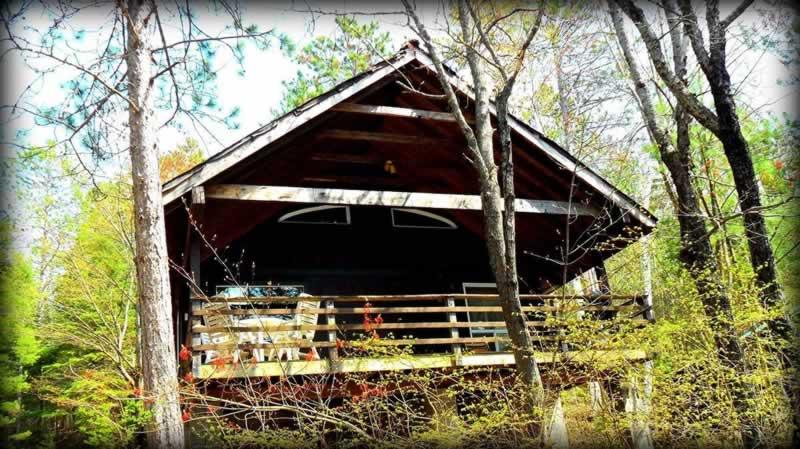Algonquin-cottage