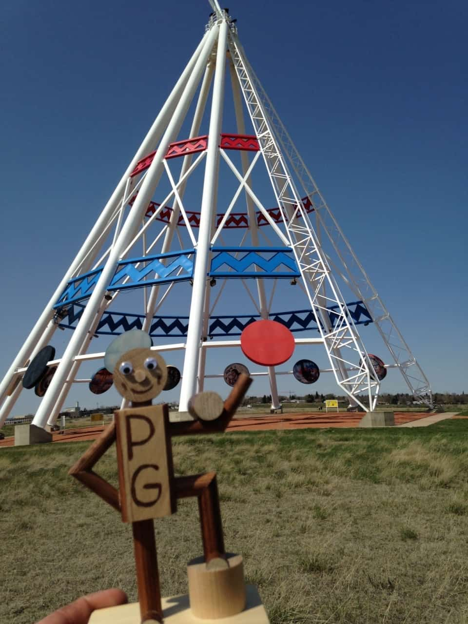 1d4ea9133273c93d1ad99753.jpg - Medicine Hat, AB - Across Canada in search of #BIGselfies trip 2014<br />The worlds largest teepee - also one of the worst for keeping out rain